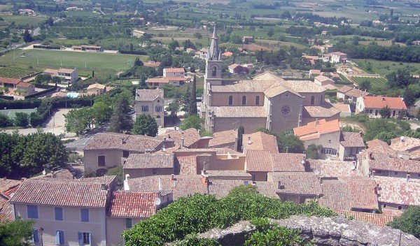 Bonnieux and new church