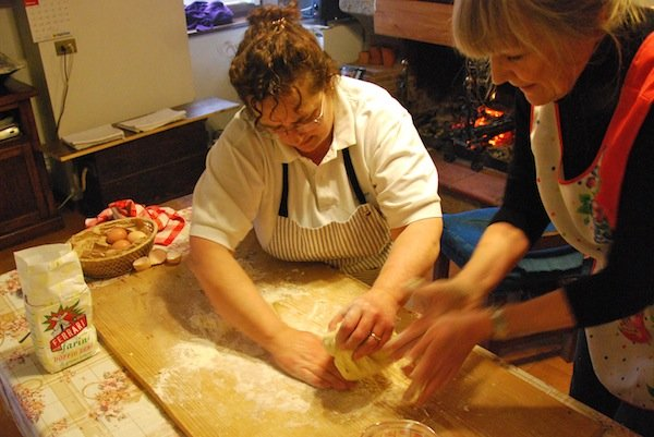 Cooking lesson with Italian mamma