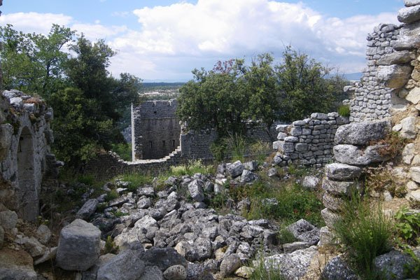 Ruins at Fort de Buoux