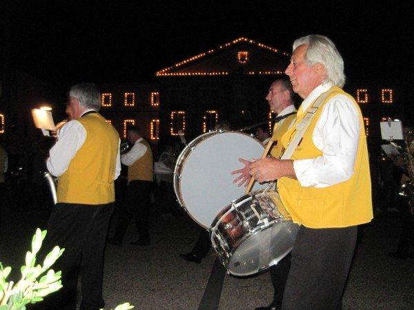 Luminara band, Lucca