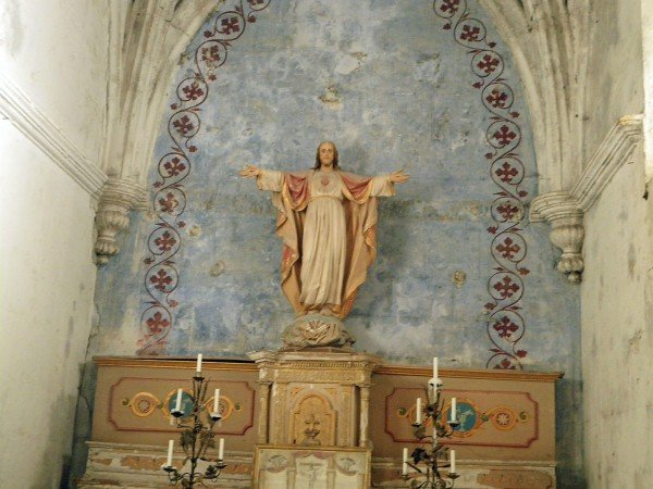 Side chapel in Bonnieux's old church