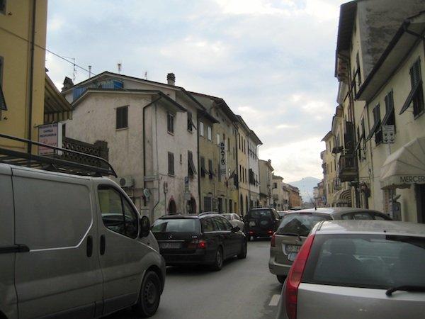 Traffic on Borgo Giannotti