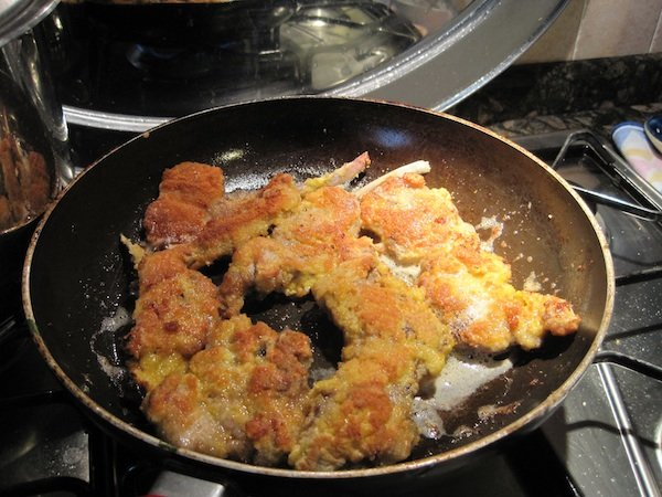 Lamb cutlets breaded and fried
