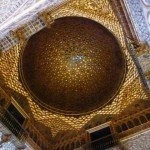 10021204 exquisite gilded dome