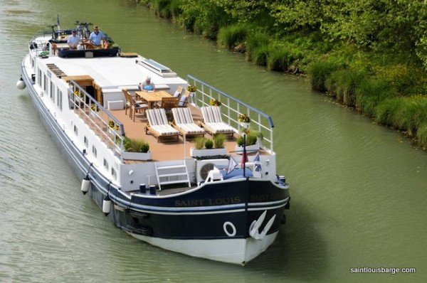 The Saint Louis cruising on the Canal de Garonne