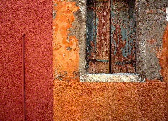 colorful wall, burano, italy, jim nilsen photography