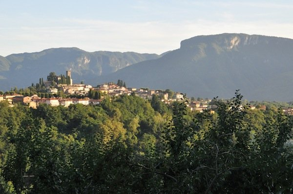Barga from your balcony at Benefizio
