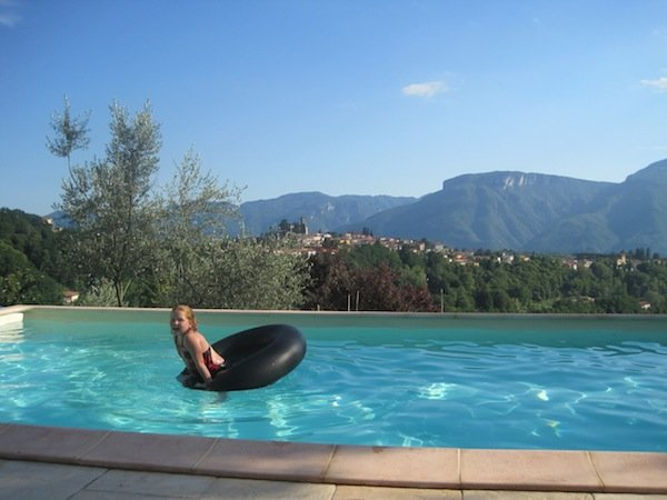 Swimming at Benefizio
