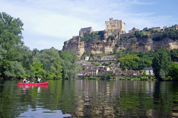 Dordogne canoeing 2