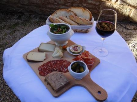 Cheese & Chacuterie Platter