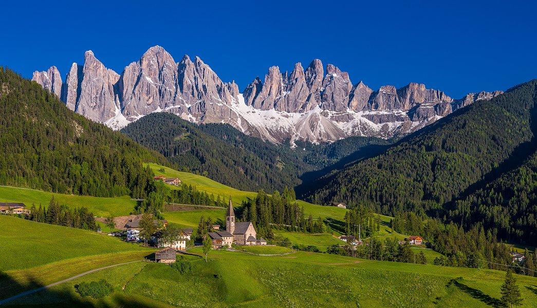 Gruppo Le Olde Range, Val di Funes, Dolomites, Italy