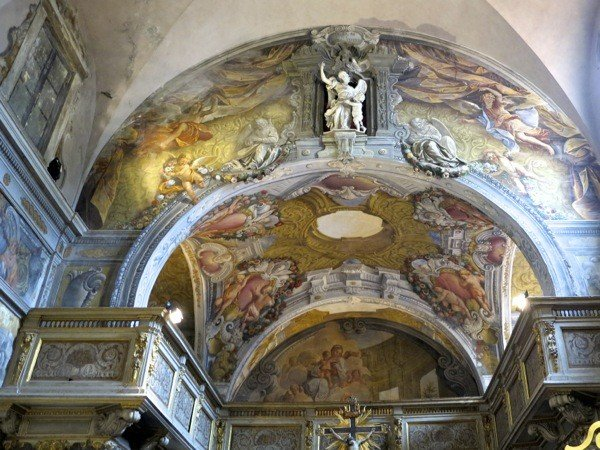 Exquisitely frescoed oratory where Lucca Opera Festival puts on a Puccini concert