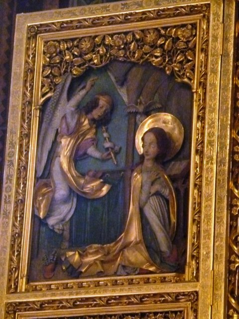 05241201 gilded relief annunciation