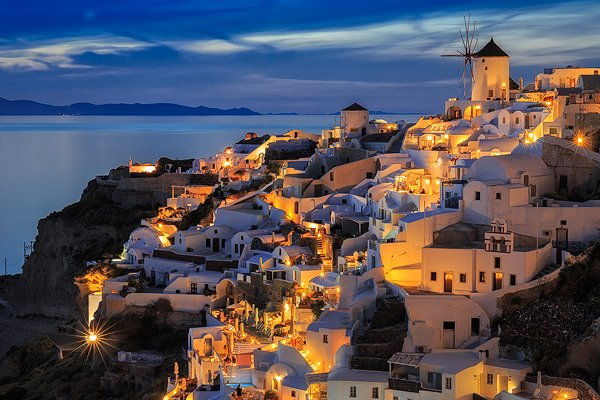 The evening blue hour at Oia.