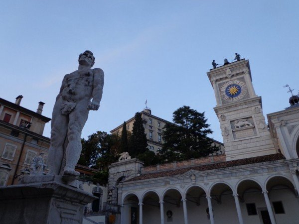 Udinestatue