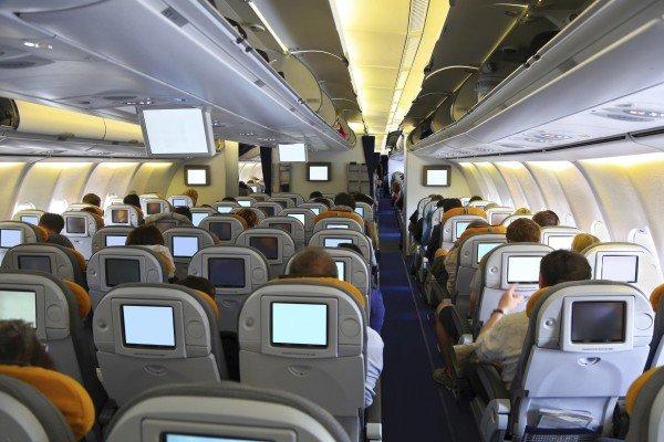 iStock_000025208080_Full airplane