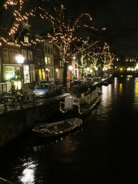 01041402-boat-lights