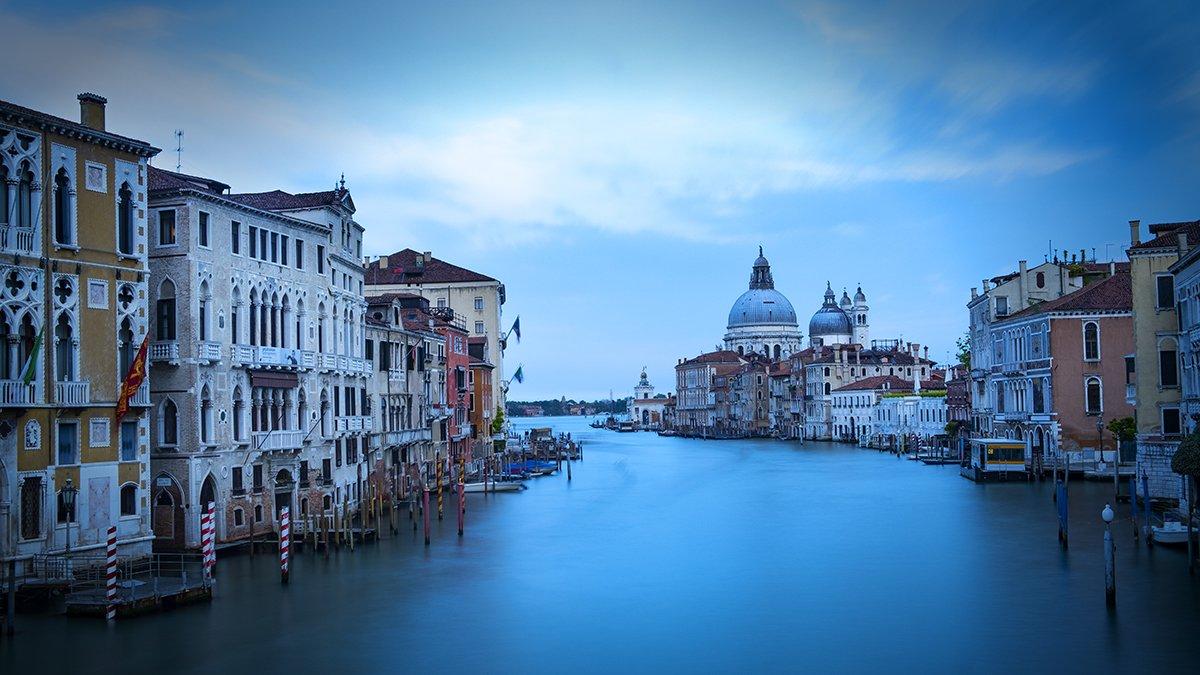Venice_Italy_Academia Bridge_1200
