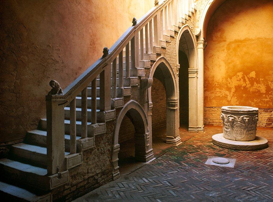 staircase in casa goldoni, venice, italy