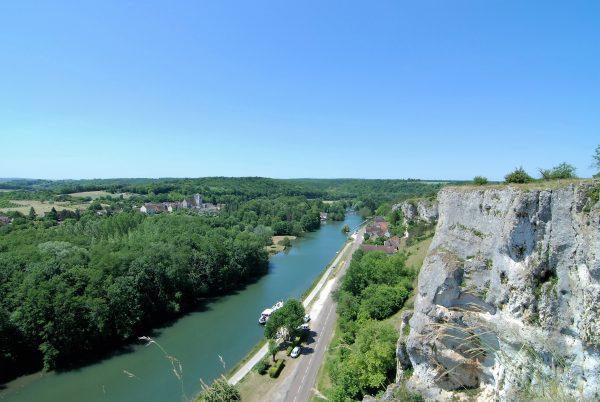 The River Yonne