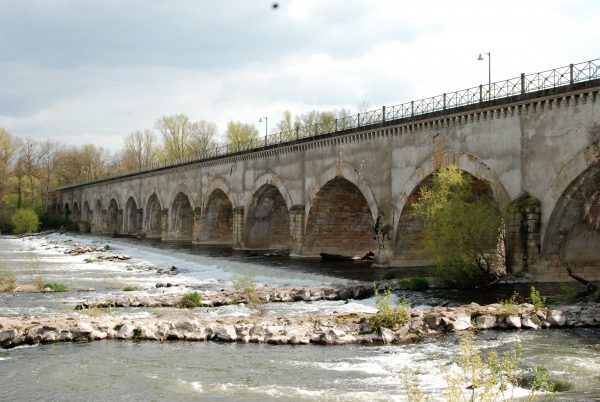 pont canal a Guétin