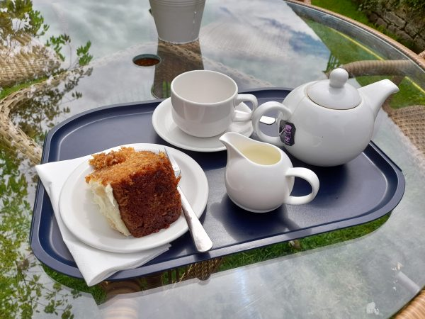 One must always take time to stop for tea and cakes