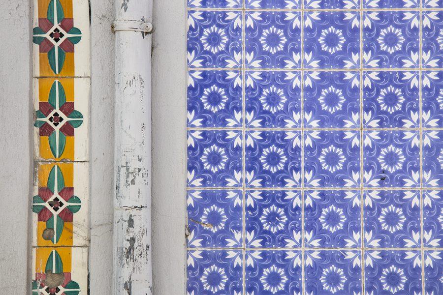 closeup-of-colorful-tiles-aveiro