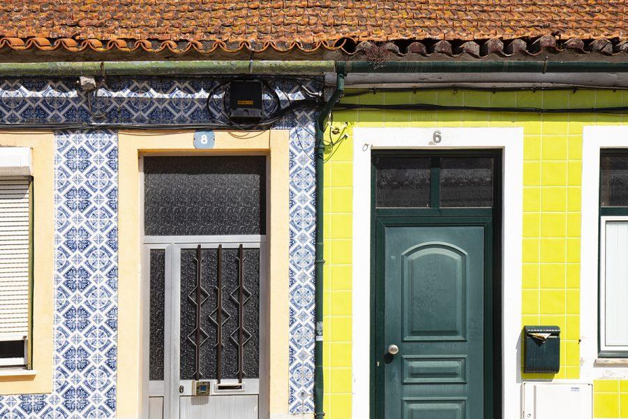 colorful-tiles-of-portugal-doors-windows-aveiro